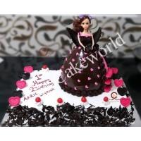 Barbie Doll Cake 022